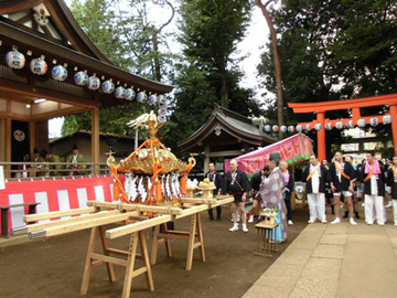 次は、26日の天沼八幡神社の例大祭