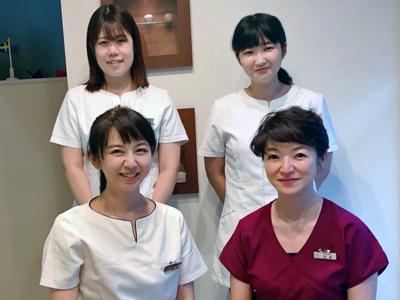 アサイ歯科医院のスタッフ写真