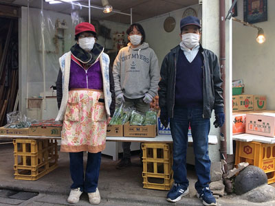 鈴木青果店のスタッフ写真