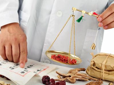 康氏漢方ーーー荻窪薬店『こうしかんぽう おぎくぼやくてん』の店内写真